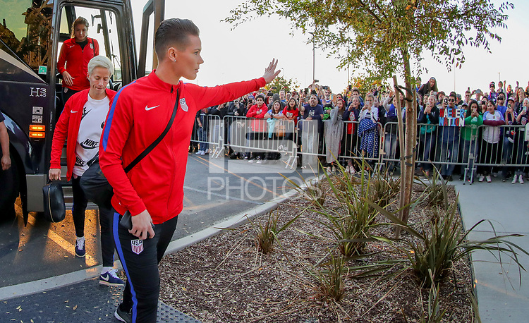 San Jose, CA - Sunday November 12, 2017: Ashlyn Harris during an International friendly match between the Women's National teams of the United States (USA) and Canada (CAN) at Avaya Stadium.