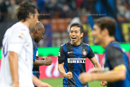 "Yuto Nagatomo (Inter), SEPTEMBER 30, 2012 - Football / Soccer : Yuto Nagatomo of Inter celebrates after winning the Italian ""Serie A"" match between Inter Milan 2-1 Fiorentina at Stadio Giuseppe Meazza in Milan, Italy. (Photo by Enrico Calderoni/AFLO SPORT) [0391]"
