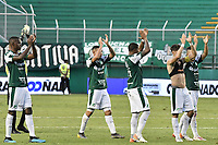 PALMIRA - COLOMBIA, 01-09-2019: Jugadores del Cali celebran con sus hinchas después del partido entre Deportivo Cali y Deportivo Pasto por la fecha 9 de la Liga Águila II 2019 jugado en el estadio Deportivo Cali de la ciudad de Palmira. / Players of Cali celebrate with his fans after match between Deportivo Cali and Deportivo Pasto for the date 9 as part Aguila League II 2019 played at Deportivo Cali stadium in Palmira city. Photo: VizzorImage / Gabriel Aponte / Staff