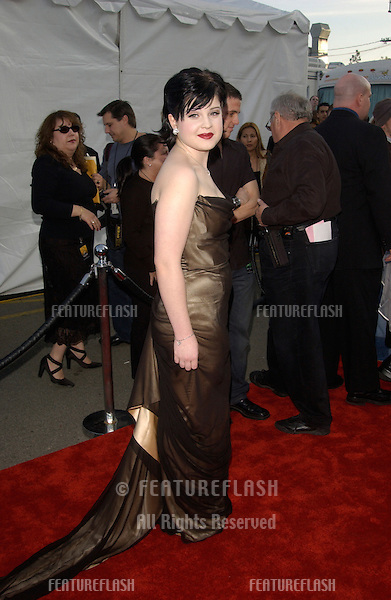 KELLY OSBOURNE at the 30th Annual American Music Awards in Los Angeles..13JAN2003.  © Paul Smith / Featureflash