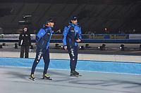 SCHAATSEN: AMSTERDAM: Olympisch Stadion, 09-03-2018, WK Allround, Coolste Baan van Nederland, Rutger Tijssen (coach NED), Wouter olde Heuvel (coach NED),  ©foto Martin de Jong