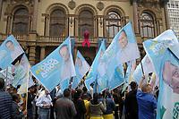 SÃO PAULO,SP,05.10.2018 - ELEIÇÕES 2018 -  O candidato a presidencia da Republica pelo PSDB,  Geraldo Alckmim durante caminhada no centro de São Paulo  nesta  sexta-feira, 05.  (Fotos: Dorival Rosa/Brazil Photo Press/Folhapress)
