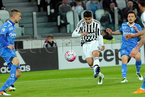 02.04.2016. Juventus Stadium, Turin, Italy. Serie A Football. Juventus versus Empoli. Alvaro Morata  has a shot at goal