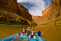 Narrow Canyon, Colorado River, Glen Canyon National Recreation Area, Utah USA