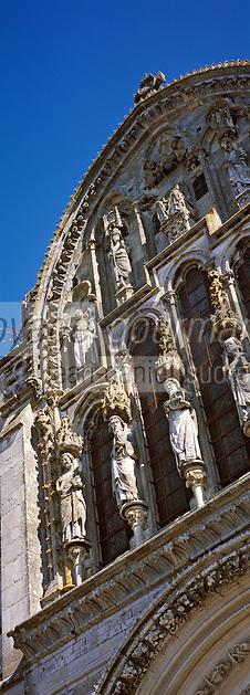 Europe/France/89/Bourgogne/Yonne/Vézelay: Basilique Sainte Marie Madeleine - Détail de la façade