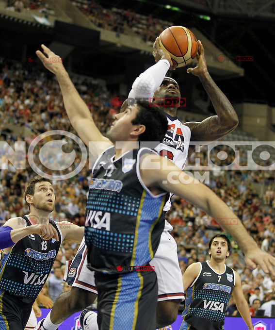 USA's LeBron James (r) and Argentina's Leonardo Gutierrez during friendly match.July 22,2012. (ALTERPHOTOS/Acero) /NortePhoto.com*<br />