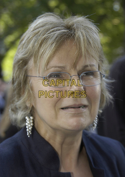 "JULIE WALTERS.Arrivals at the UK Premiere of ""Wah Wah"", .Odeon Leicester Square, London, England, .May 30th 2006..portrait headshot glasses.Ref: IA.www.capitalpictures.com.sales@capitalpictures.com.©Ian Allis/Capital Pictures"
