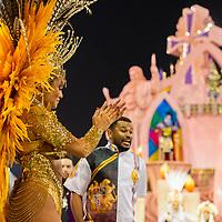 SÃO PAULO, SP, 09.03.2019 - CARNAVAL-SP - Ellen Rocche, rainha de bateria da escola de samba Rosas de Ouro durante Desfile das campeãs do Carnaval de São Paulo, no Sambódromo do Anhembi em Sao Paulo, na madrugada deste sábado, 09. (Foto: Anderson Lira/Brazil Photo Press)