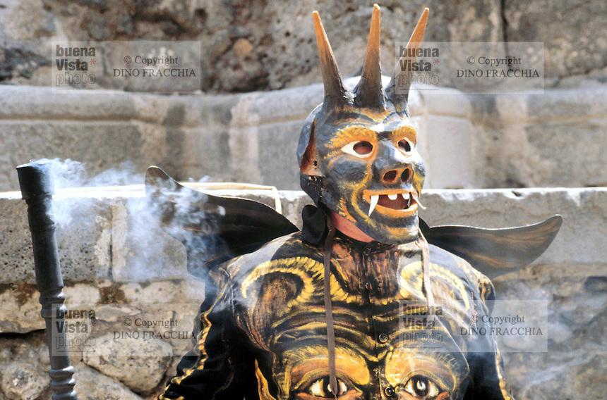 - traditional celebrations of the Easter, dance of the devils in Adrano.... - celebrazioni tradizionali della Pasqua, ballo dei diavoli ad Adrano