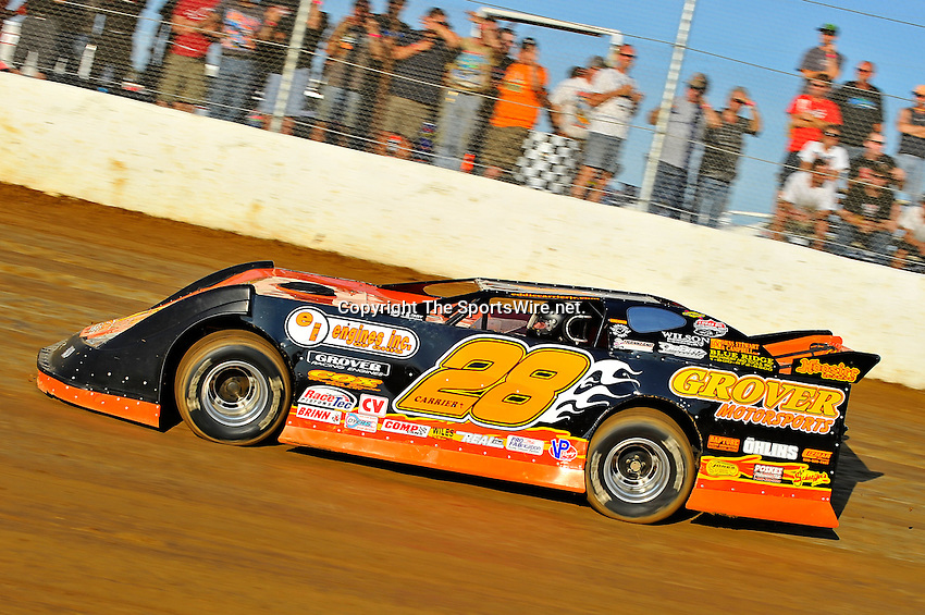Aug 12, 2011; 7:07:30 PM; Union, KY., USA; The 29th Annual ìSunoco Race Fuels North/South 100î running a 50,000-to-win event presented by Lucas Oil at Florence Speedway in Union, KY. Mandatory Credit: (thesportswire.net)