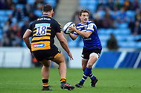 Alex Davies of Bath Rugby in possession. Heineken Champions Cup match, between Wasps and Bath Rugby on October 20, 2018 at the Ricoh Arena in Coventry, England. Photo by: Patrick Khachfe / Onside Images