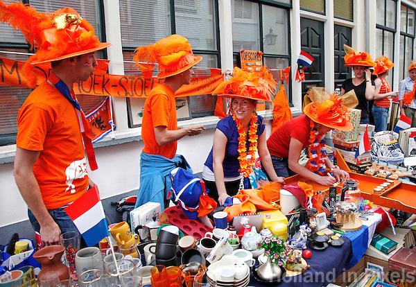 Koningsnacht vrijmarkt in Utrecht