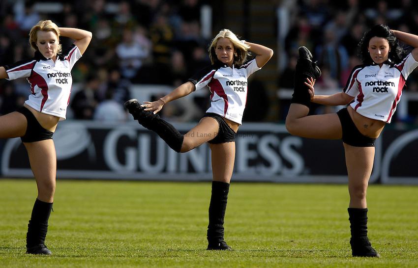 Photo: Jed Wee/Sportsbeat Images..Newcastle Falcons v Northampton Saints. Guinness Premiership. 08/04/2007...Newcastle Falcons cheerleaders, dancers.