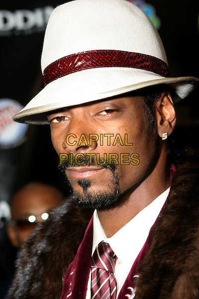 SNOOP DOGG.2005 Radio Music Awards - Arrivals held at the Aladdin Hotel, Las Vegas, Nevada..December 19th, 2005.Photo: Zach Lipp/AdMedia/Capital Pictures.Ref: ZL/ADM.headshot portrait white hat goatee facial hair.www.capitalpictures.com.sales@capitalpictures.com.© Capital Pictures.