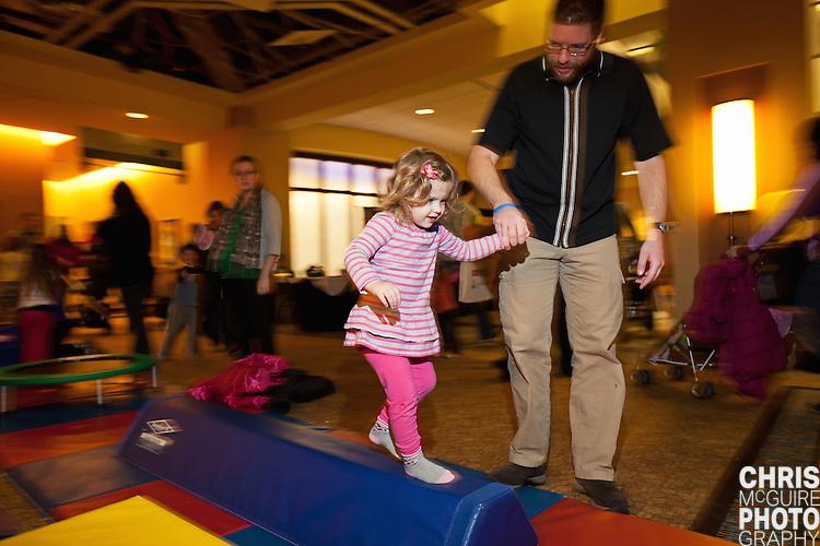 02/12/12 - Kalamazoo, MI: Kalamazoo Baby & Family Expo.  Photo by Chris McGuire.  R#27