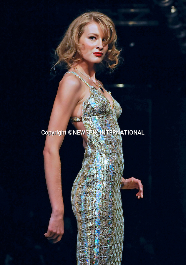 "SEDUZIONI DIAMONDS by Valeria Marini.Milan Fashion Show, Milano_23/09/2009.Mandatory Credit Photo: ©NEWSPIX INTERNATIONAL..**ALL FEES PAYABLE TO: ""NEWSPIX INTERNATIONAL""**..IMMEDIATE CONFIRMATION OF USAGE REQUIRED:.Newspix International, 31 Chinnery Hill, Bishop's Stortford, ENGLAND CM23 3PS.Tel:+441279 324672  ; Fax: +441279656877.Mobile:  07775681153.e-mail: info@newspixinternational.co.uk"