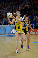 Camilla Lees in action during the ANZ Championship 2014 - Haier Pulse v Waikato Magic at Te Rauparaha  Arena Centre, Porirua, Wellington, New Zealand on Monday 5 May 2014. <br /> Photo by Masanori Udagawa. <br /> www.photowellington.photoshelter.com.