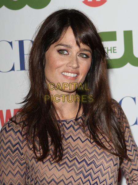 Robin Tunney.CBS, CW and Showtime Summer 2011 TCA Party held at The Pagoda, Beverly Hills, California, USA..August 3rd, 2011.headshot portrait blue beige zigzag print.CAP/ADM/KB.©Kevan Brooks/AdMedia/Capital Pictures.