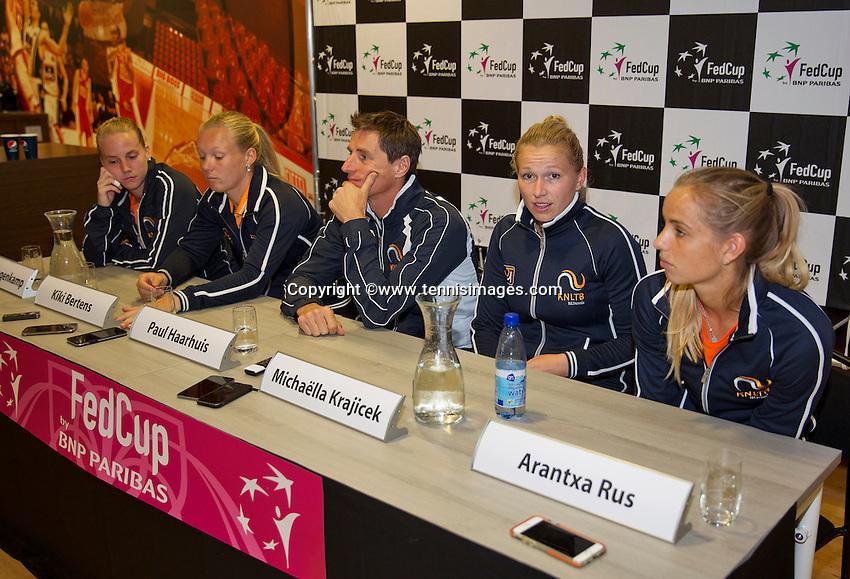 April 15, 2015, Netherlands, Den Bosch, Maaspoort, Fedcup Netherlands-Australia,   Press conference Dutch team, l.t.r.: Richel Hogenkamp, Kiki Bertens  captain Paul Haarhuis,Michaella Krajicek and Arantxa Rus<br /> Photo: Tennisimages/Henk Koster
