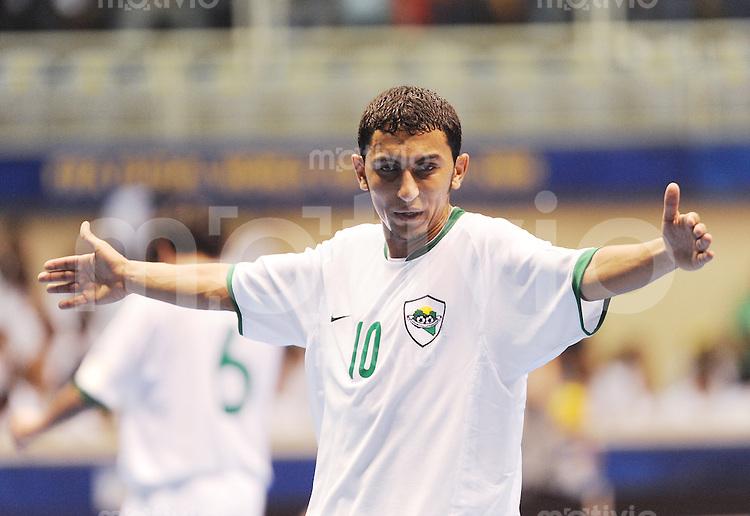 Fussball  International  FIFA  FUTSAL WM 2008   07.10.2008 Vorrunde Gruppe D Czech Republic - Libya Tschechien - Lybien Mohamed RAHOMA (LBY) gestikuliert