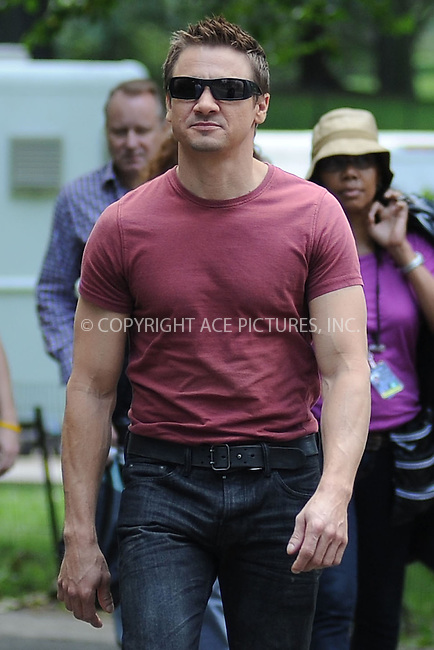 WWW.ACEPIXS.COM . . . . . .September 2, 2011, New York City....Jeremy Renner on the  movie set of the Avengers in Central Park on September 2, 2011 in New York City in New York City....Please byline: KRISTIN CALLAHAN - ACEPIXS.COM.. . . . . . ..Ace Pictures, Inc: ..tel: (212) 243 8787 or (646) 769 0430..e-mail: info@acepixs.com..web: http://www.acepixs.com .