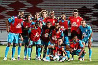ATENÇÃO EDITOR: FOTO EMBARGADA PARA VEÍCULOS INTERNACIONAIS - RECIFE,PE,10 SETEMBRO 2012 - AMISTOSO SELEÇÃO BRASILEIRA - BRASIL X CHINA -jogadores do Brasil duarnte partida Brasil x China no Estádio Arruda em Recife na noite desta segunda feira (10).(FOTO ALE VIANNA - BRAZIL PHOTO PRESS).