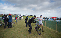 Helen Wyman (GBR) bike-switch<br /> <br /> 2014 Noordzeecross