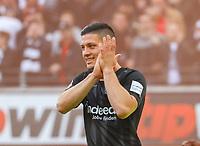 Luka Jovic (Eintracht Frankfurt) bedankt sich für die Vorlage - 12.05.2019: Eintracht Frankfurt vs. 1. FSV Mainz 05, 33. Spieltag Bundesliga, Commerzbank Arena, DISCLAIMER: DFL regulations prohibit any use of photographs as image sequences and/or quasi-video.