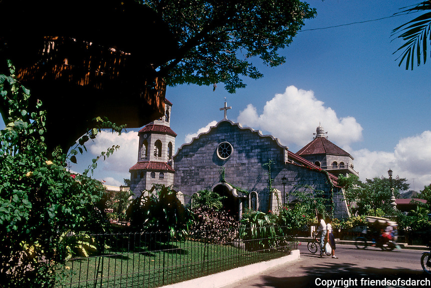 Philippines: Agoo--The Philippines Church. Photo '82.