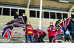 Uppsala 2014-11-22 Bandy Elitserien IK Sirius - Edsbyns IF :  <br /> Edsbyns supportrar med flaggor efter matchen mellan IK Sirius och Edsbyns IF <br /> (Foto: Kenta J&ouml;nsson) Nyckelord:  Bandy Elitserien Uppsala Studenternas IP IK Sirius IKS Edsbyn EIF Byn supporter fans publik supporters