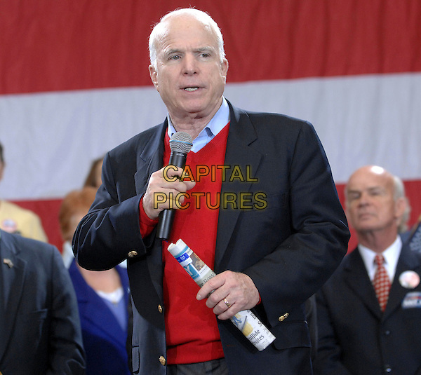 SENATOR JOHN McCAIN.Senator John McCain makes a campaign stop in Myrtle Beach as his Presidential Campaign tours through the state of South Carolina, Myrtle Beach, South Carolina, USA,.18 January 2008..half length Republican Party.CAP/ADM/MO.©Moose/AdMedia/Capital Pictures.
