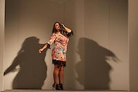 SAO PAULO, SP, 31.01.2015 - FASHION WEEKEND PLUS SIZE / INVERNO 2015 / XICA VAIDOSA - Modelo durante desfile da grife Xica Vaidosa no Fashion Weekend Plus Size , moda inverno 2015 no Centro de Convenções Frei Caneca na Bela Vista região central de São Paulo, na noite deste sábado, (31). (Foto: Marcos Moraes / Brazil Photo Press).