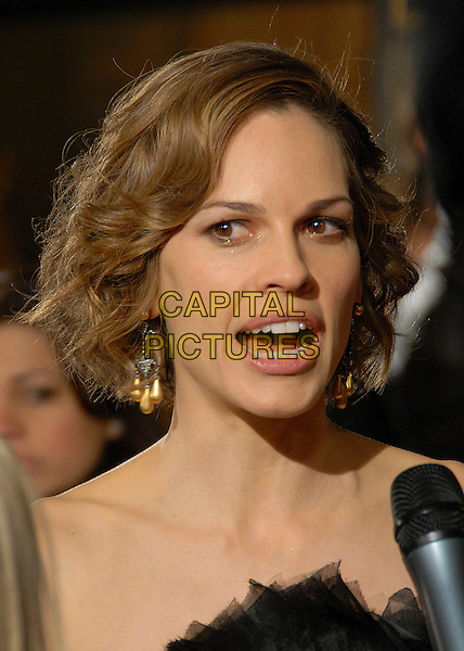 "HILARY SWANK.""P.S. I Love You"" Los Angeles Premiere at Grauman's Chinese Theatre, Hollywood, California, USA,.9 December 2007..portrait headshot funny mouth open microphone.CAP/ADM/BP.©Byron Purvis/AdMedia/Capital Pictures."