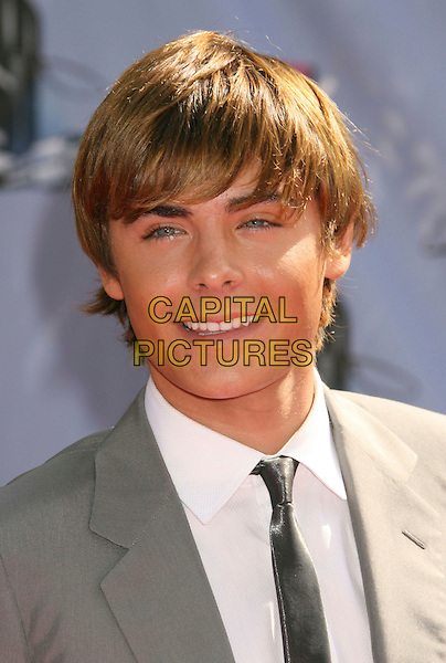 ZAC EFRON.2007 MTV Movie Awards held at the Gibson Amphitheater, Universal City, California, USA..June 3rd, 2007.headshot portrait .CAP/ADM/RE.©Russ Elliot/AdMedia/Capital Pictures *** Local Caption *** ...