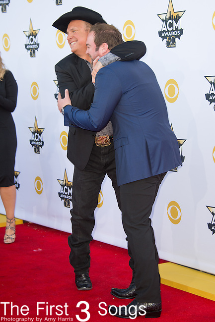 Lee Brice and Garth Brooks attend the 50th Academy Of Country Music Awards at AT&T Stadium on April 19, 2015 in Arlington, Texas.