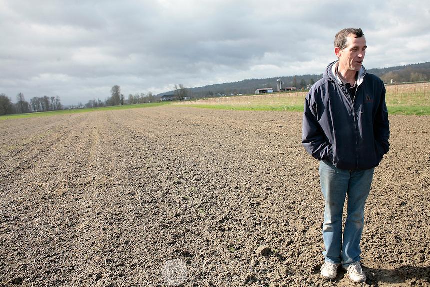 03312009- Kelly Bolles, '76 SU alumni, Truffle farmer, Bolles Organic Farm,
