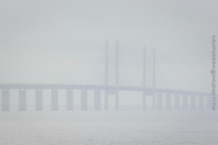 Tät dimma vid Öresundsbron Malmö Skåne