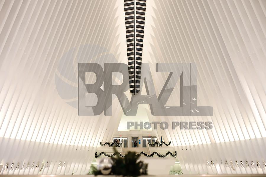 NOVA YORK, EUA, 18.11.2018 - TURISMO-EUA - Decoração de Natal é vista no The Oculus World Trade Center na cidade de Nova York nos Estados Unidos na madrugada deste domingo, 18. (Foto: William Volcov/Brazil Photo Press)