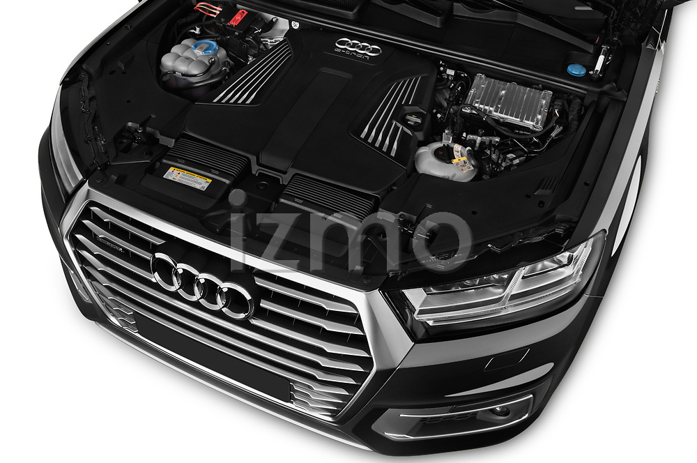Car Stock 2017 Audi Q7-e-Tron Avus 5 Door SUV Engine  high angle detail view
