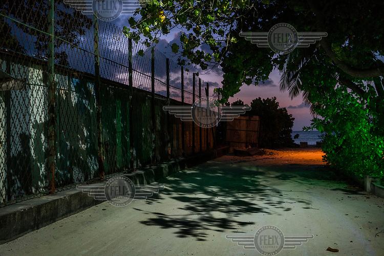 The perimeter fence of the Maafushi jail.