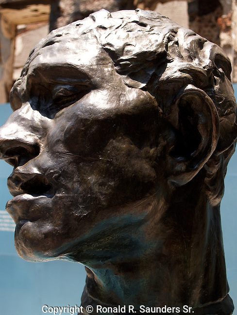 Monumental head of Pierre de Wiessant (1889)