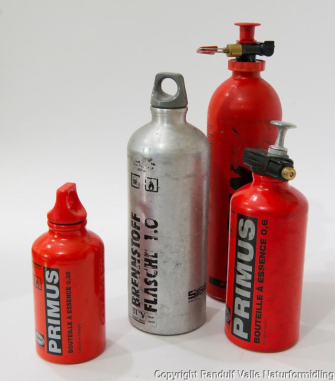 Brenstofflasker ---- Fuel bottles