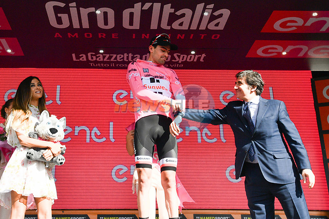 Maglia Rosa Tom Dumoulin (NED) Team Sunweb sees his race lead diminished at the end of Stage 16 of the 100th edition of the Giro d'Italia 2017, running 222km from Rovetta to Bormio, Italy. 23rd May 2017.<br /> Picture: LaPresse/Massimo Paolone | Cyclefile<br /> <br /> <br /> All photos usage must carry mandatory copyright credit (&copy; Cyclefile | LaPresse/Massimo Paolone)