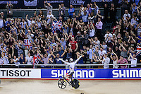 Picture by Charlie Forgham-Bailey/SWpix.com - 05/03/2016 - Cycling - 2016 UCI Track Cycling World Championships, Day 4 - Lee Valley VeloPark, London, England - Jason Kenny of GBR wins gold against Matthew Glaetzer of AUS in the Men's Sprint Semi Final