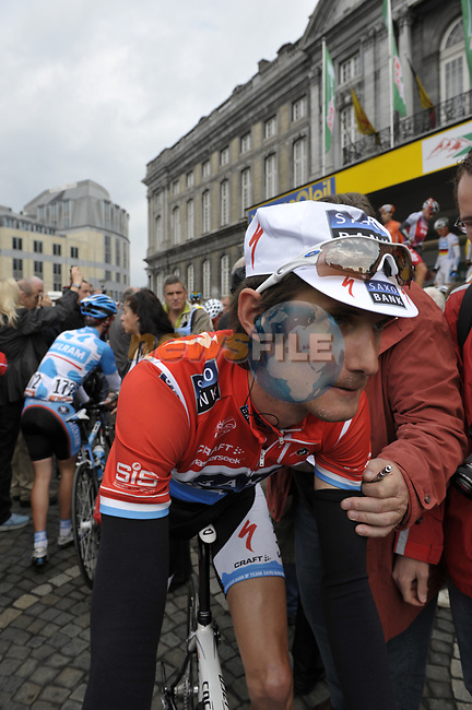 Franck Schleck (LUX) Saxo-Bank at sign on before the start of the 95th running of Liege-Bastogne-Liege cycle race, 26th April 2009 (Photo by Eoin Clarke/NEWSFILE)