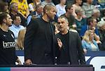 14.04.2018, EWE Arena, Oldenburg, GER, BBL, EWE Baskets Oldenburg vs s.Oliver W&uuml;rzburg, im Bild<br /> im Gespraech / Gespr&auml;ch...<br /> Stephen ARIGBABU(s.Oliver W&uuml;rzburg #Assistantcoach)<br /> Dirk Bauermann (s.Oliver W&uuml;rzburg #Headcoach, #Head Coach, #Trainer)<br /> Foto &copy; nordphoto / Rojahn