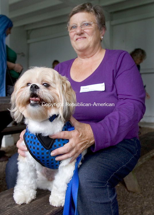 (COUNTRY LIFE ONLY)<br /> BETHLEHEM CT. 21 September 2013-092113SV13-Shirley Spargo and her dog &ldquo;Bailey&rdquo; of Bethlehem wait to be judged during the 12th annual Bellamy-Ferriday Dog Show at the Bellamy-Ferriday House in Bethlehem Saturday.<br /> Steven Valenti Republican-American
