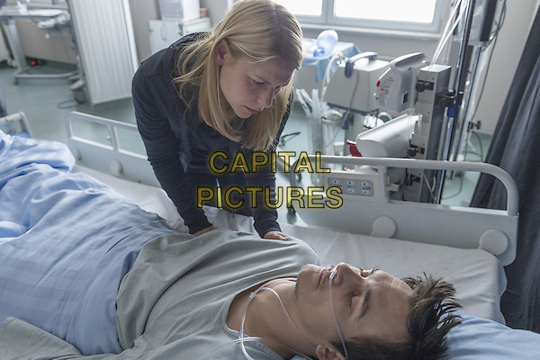 Homeland (2011-)<br /> (Season 5)<br /> Claire Danes as Carrie Mathison and Rupert Friend as Peter Quinn<br /> *Filmstill - Editorial Use Only*<br /> CAP/FB<br /> Image supplied by Capital Pictures