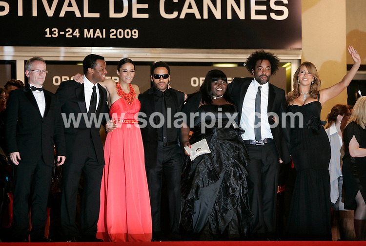 **ALL ROUND EXCLUSIVE PICTURES FROM SOLARPIX.COM**.**SYNDICATION RIGHTS FOR UK AND SPAIN ONLY**.Precious premiere at the 62nd Cannes Film Festivalin Cannes, France..This pic:   Lenny Kravitz, Lee Daniels, Mariah Carey, Gabourey Sidibe & Paula Patton.JOB REF:  9015     CPR / Heinz        DATE:  15.05.09.**MUST CREDIT SOLARPIX.COM OR DOUBLE FEE WILL BE CHARGED**.**ONLINE USAGE FEE GBP 50.00 PER PICTURE - NOTIFICATION OF USAGE TO PHOTO @ SOLARPIX.COM**.**CALL SOLARPIX : +34 952 811 768 or LOW RATE FROM UK 0844 617 7637**