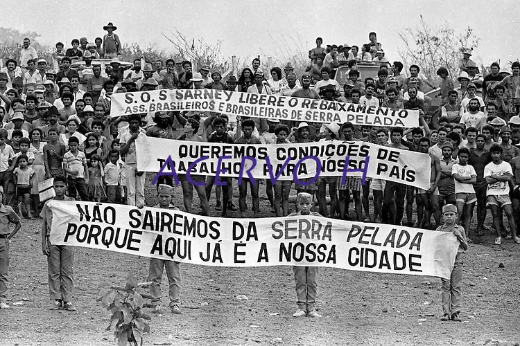 Serra Pelada.<br /> Marab&aacute;, Par&aacute;, Brasil.<br /> Foto Paulo Jares<br /> 1986